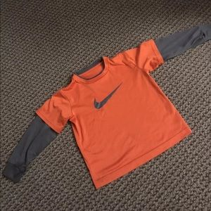 Nike youth dry fit material longsleeve activeshirt